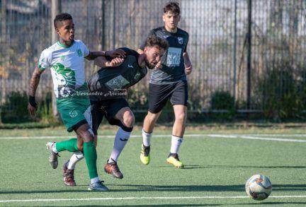 Campionato-Eccellenza-Girone-A-Barano-Afro-Napoli-United-Foto-di-Alessandro-Ascione-1462-Contrato-Dodò-Nicola-Conte