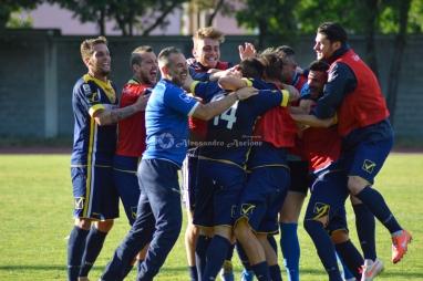 Ischia-vs-Aversa-Normanna-Playout-andata-legapro-2014-2015-foto-di-alessandro-ascione-6