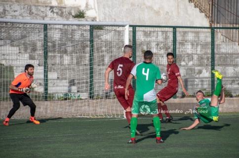 Real-Forio-vs-San-Giorgio-Campionato-Eccellenza-girone-A-foto-di-Alessandro-Ascione-0581-Rovesciata-De-Luise