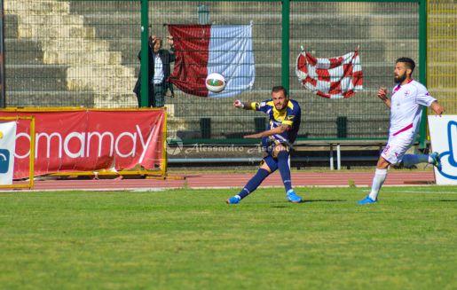 Ischia-vs-Aversa-Normanna-Playout-andata-legapro-2014-2015-foto-di-alessandro-ascione-23 mario finizio