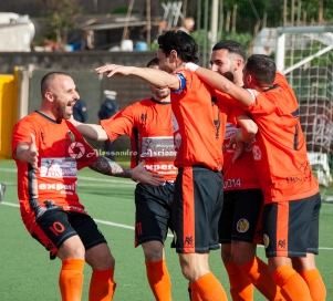 Campionato Eccellenza Girone A. Barano - Giugliano 1 - 4 foto Alessandro Ascione 028