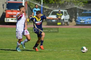 Ischia-vs-Aversa-Normanna-Playout-andata-legapro-2014-2015-foto-di-alessandro-ascione-25 gennaro armeno