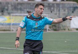 Real-Forio-vs-Flegrea-Campionato-Eccellenza-girone-A-foto-di-Alessandro-Ascione-DSC_2050-Arbitro-Gianmarco-Vailati
