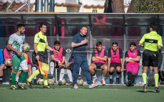 Campionato-Eccellenza-Girone-A-Barano-Afro-Napoli-United-Foto-di-Alessandro-Ascione-1393-Mister-Gianni-Di-Meglio
